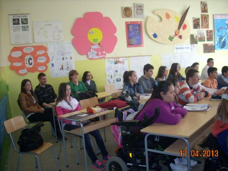 Студенти ПМФ са нашим ученицима 1